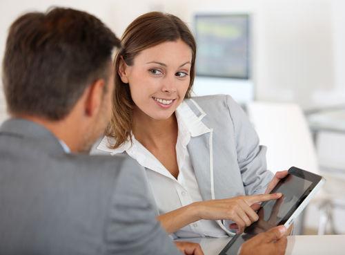 Koľko zarobili klienti, ktorí investovali počas poklesu na trhu?